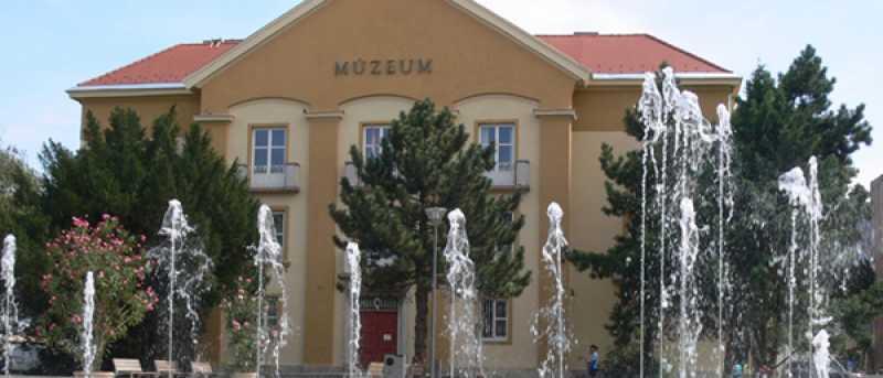 A Hely című rádiós riportműsorban szerepel az Intercisa Múzeum