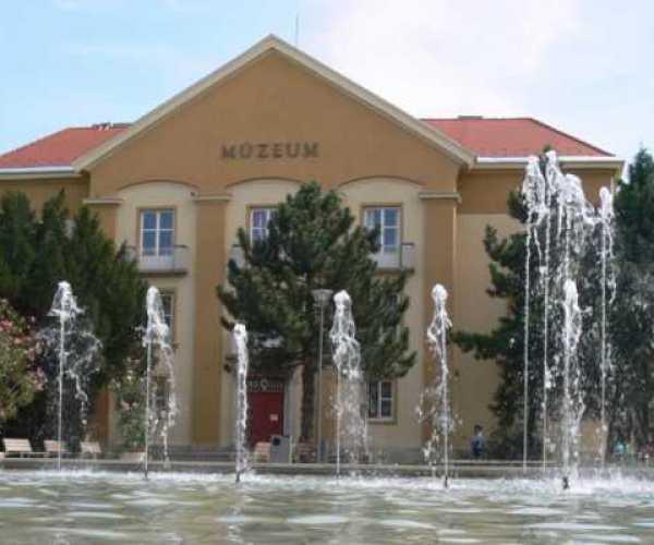 Múzeum újranyitás